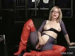 Nina Hartley Readily Tells About Herself 2