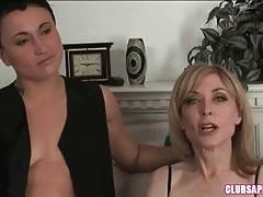Tattooed Brunette Dyke Longs For Sex With Nina 1